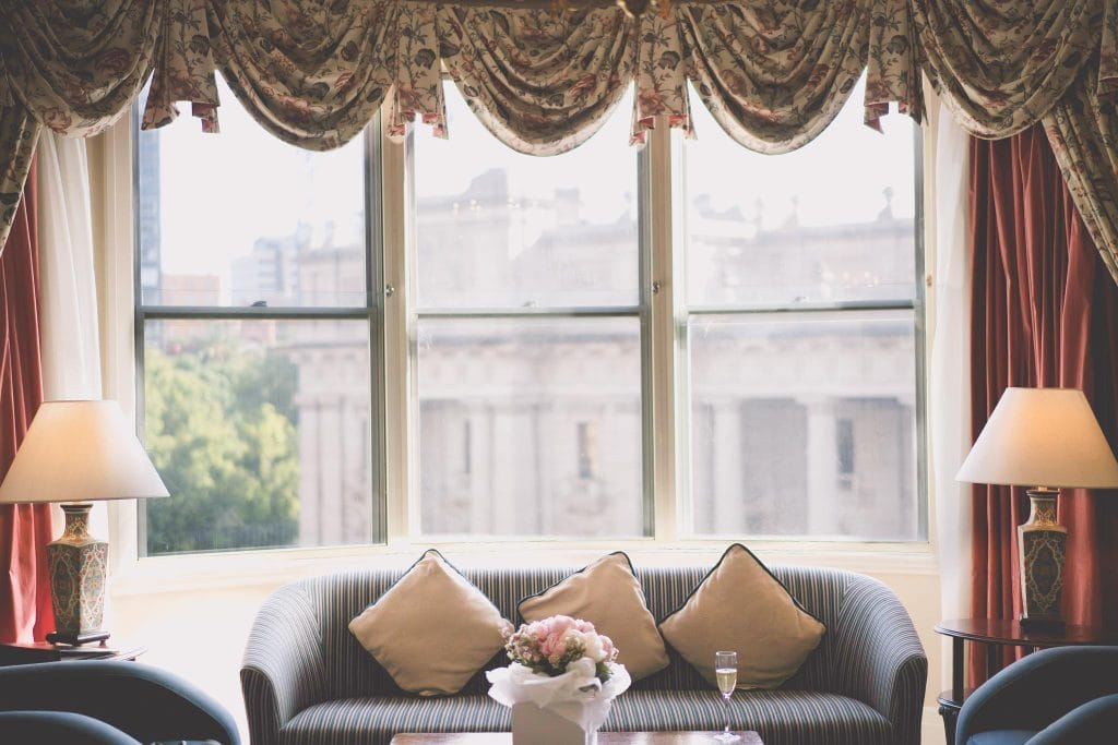 The presidents suite at the Windsor hotel Melbourne. Wedding photography by Pause the Moment